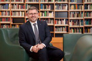 (c) Treffpunkt Bibliothek_Lechner - Portrait LR