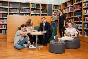(c) Treffpunkt Bibliothek_Lechner - Jugendliche2